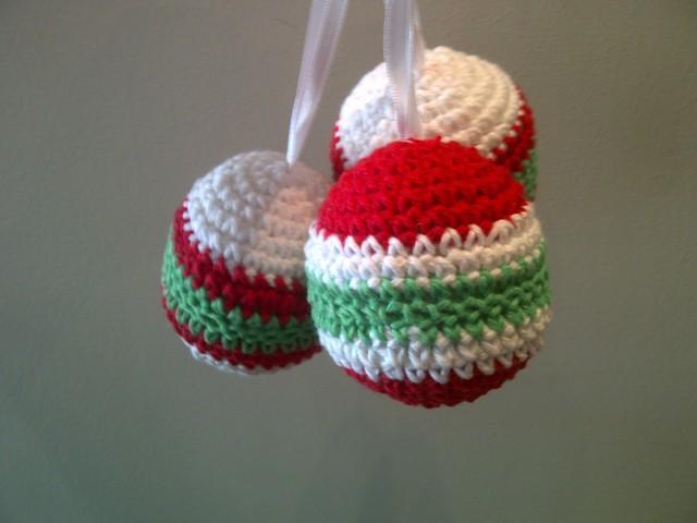 Adornos y colgantes de navidad tejidos a crochet imagenes for Adornos navidenos tejidos a crochet 2016