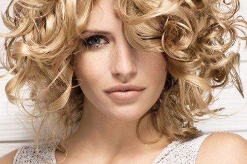 corte de pelo para mujeres con rulos
