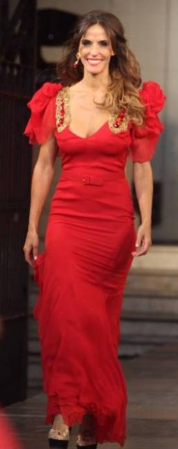 Maria-Susini.Vestido_Rojo.Desfile
