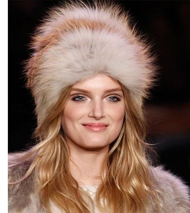 sombrero de falsa piel