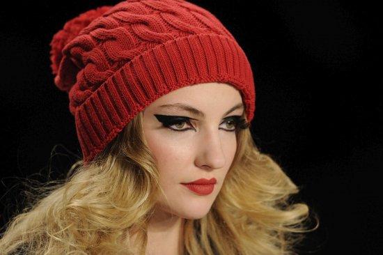 Como hacer gorros de lana de moda imagui for Imagenes de gorros de lana