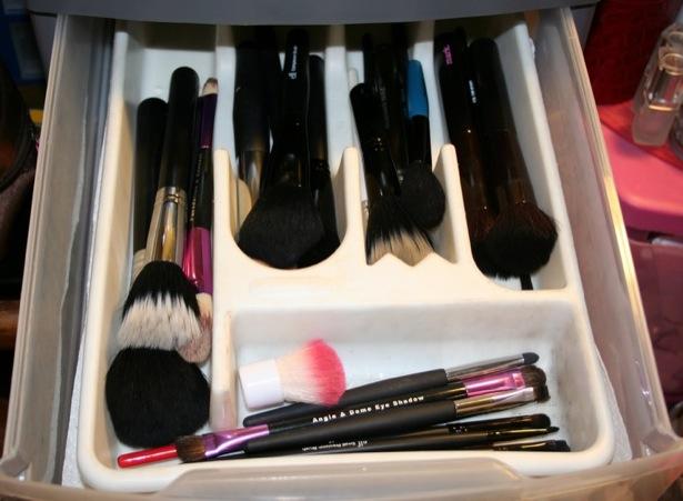 maquillaje cubiertos