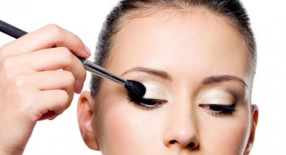 Imagen vía: Formas de maquillarse